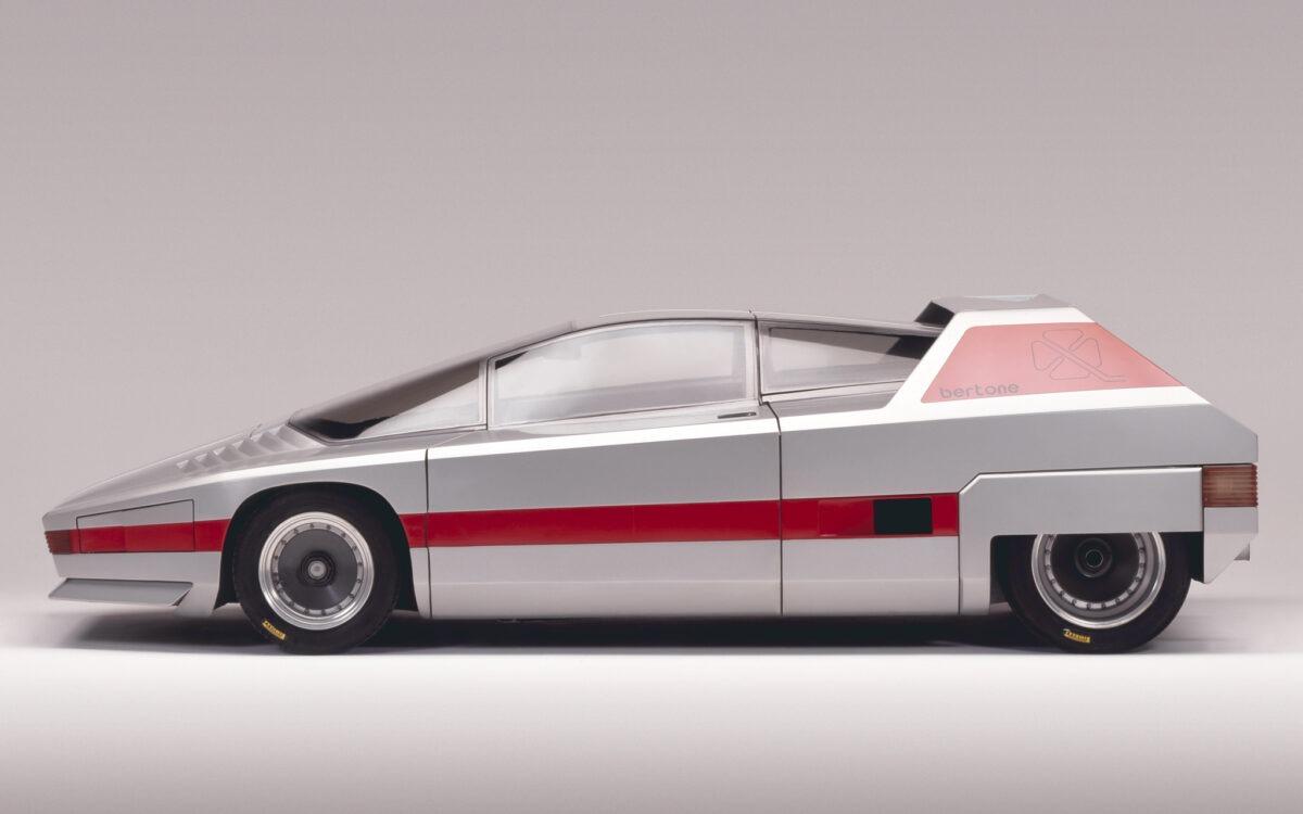 1976-Bertone-Alfa-Romeo-Navajo-02