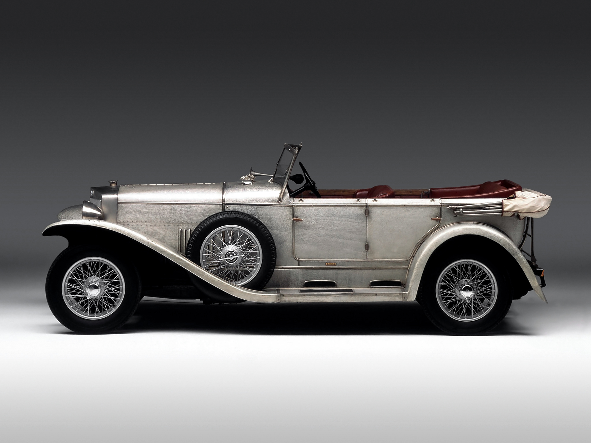 1925-Castagna-Alfa-Romeo-RLSS-03
