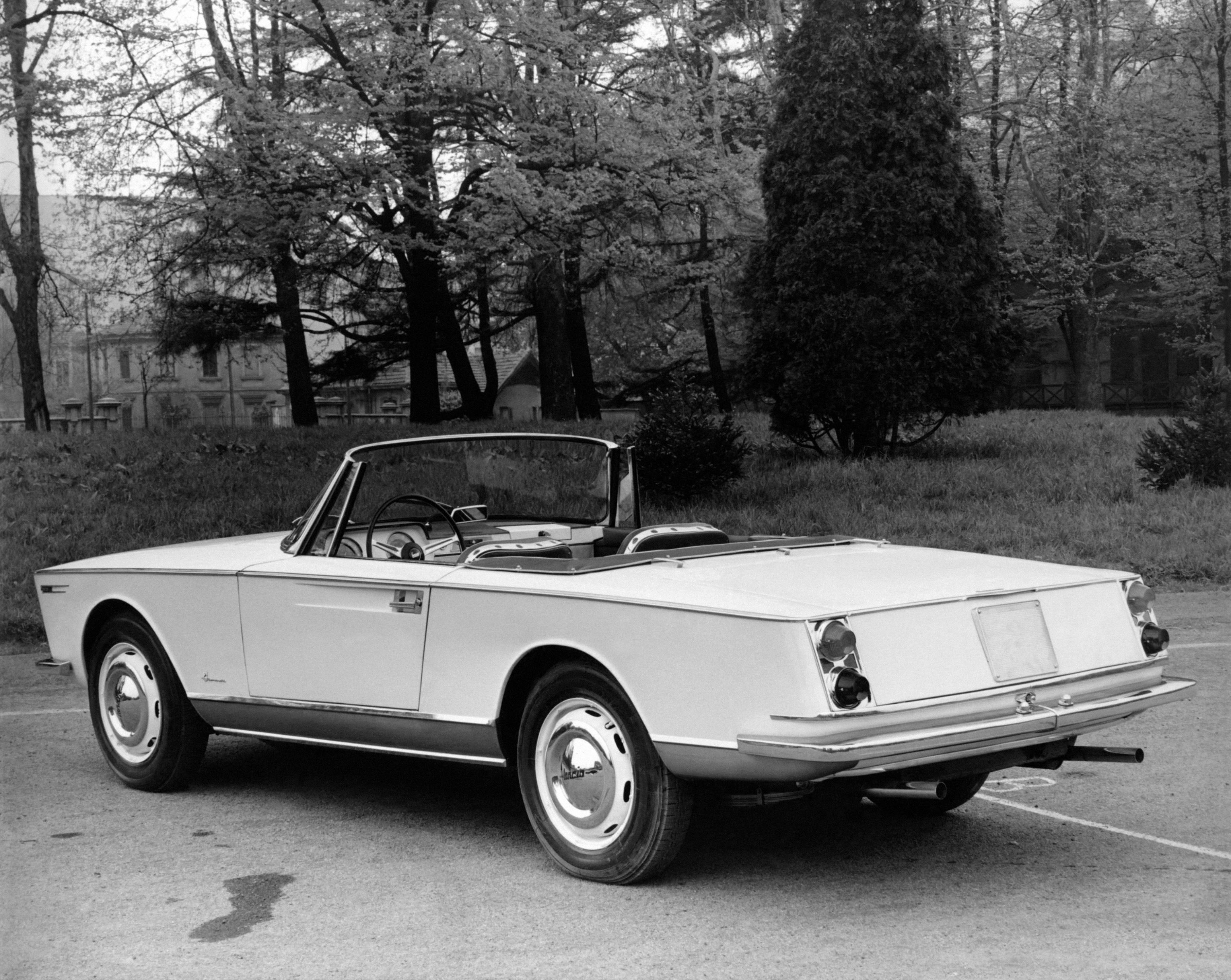 1962-Boneschi-Lancia-Flaminia-Spider-Amalfi-04