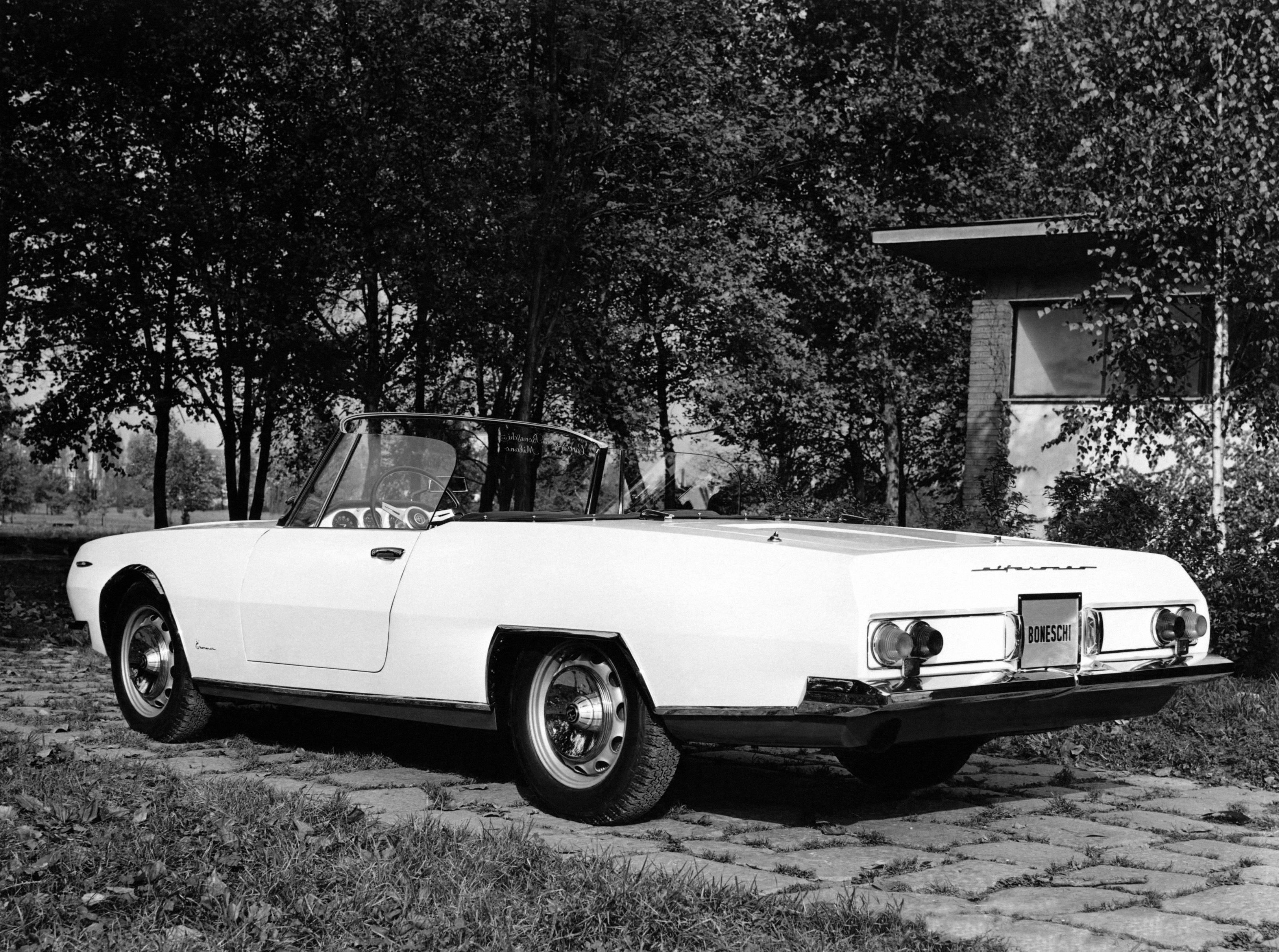 1963-Boneschi-Alfa-Romeo-2600-Cabriolet-Studionove-02