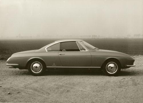 1965_Pininfarina_Fiat_2300_S_Coupe_Speciale_04