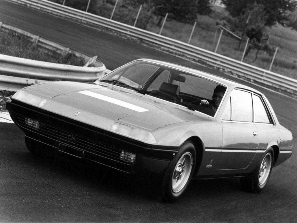 1972-Pininfarina-Ferrari-365-GT4_03
