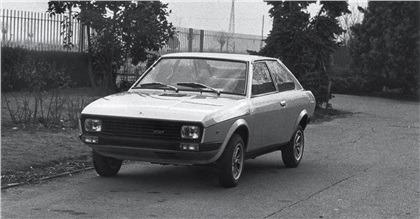 1974-Francis-Lombardi-Fiat-127-Coupe-01