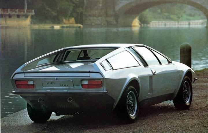 1974_Frua_Audi_100S_Mittelmotor_Coupe_02