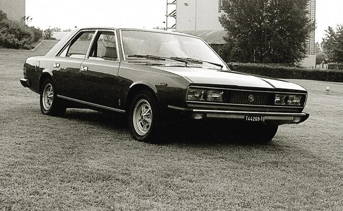 1974_Pininfarina_Fiat_130_Opera_05