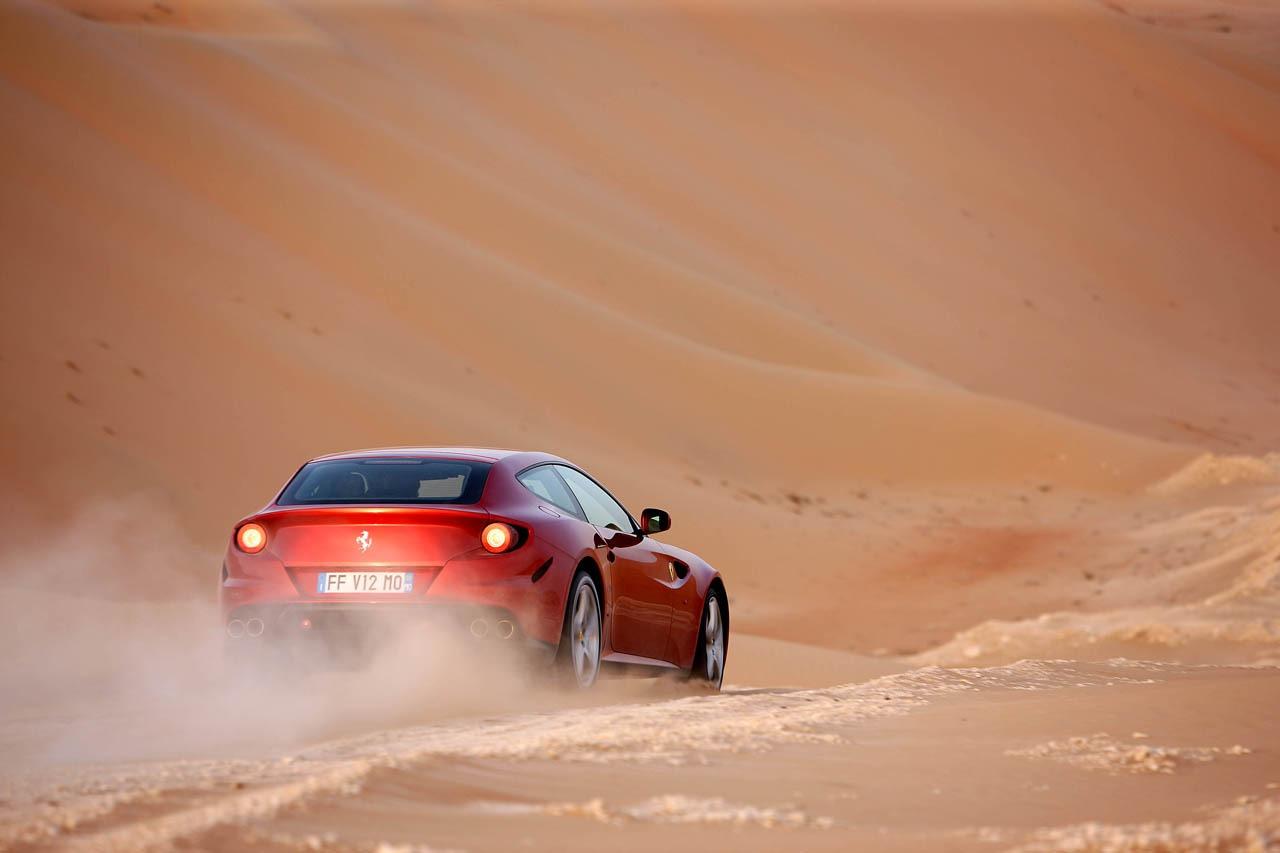 2011_Pininfarina_Ferrari_FF_03