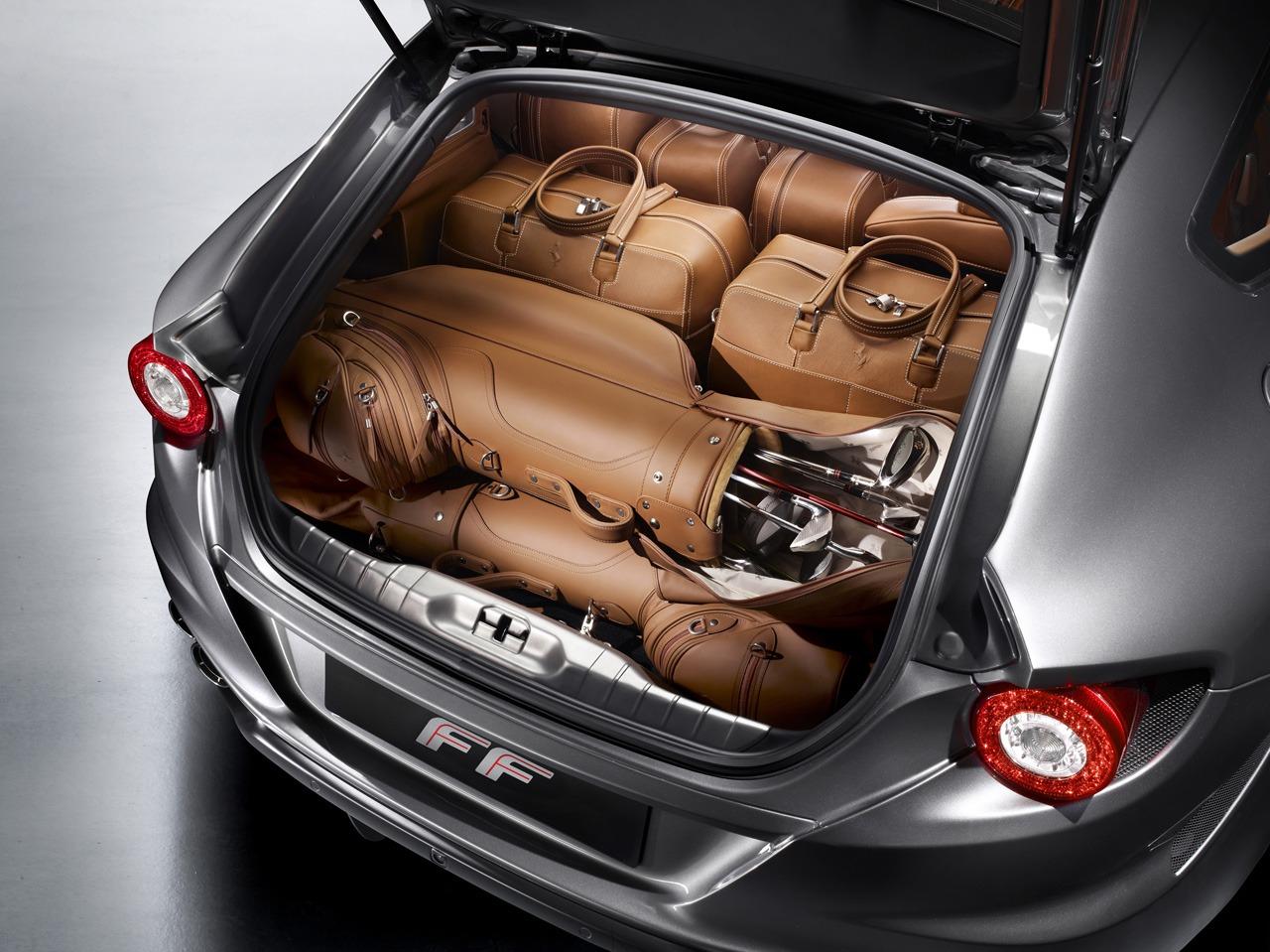 2011_Pininfarina_Ferrari_FF_06