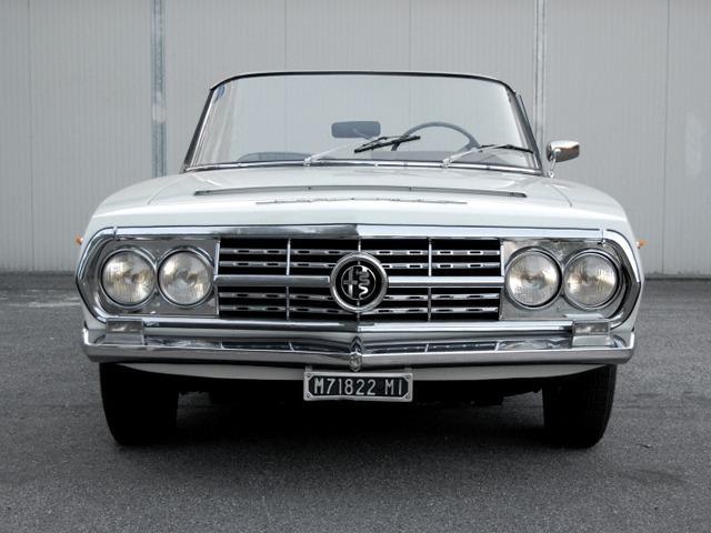 Alfa-Romeo-2600-Boneschi-Spider-1963-4