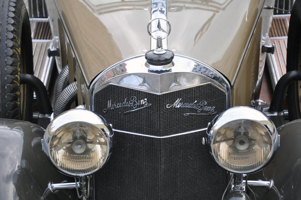 Mercedes-Benz-Model-630-K-11
