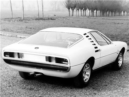 1967_Bertone_Alfa-Romeo_Montreal_Expo_Prototipo_03