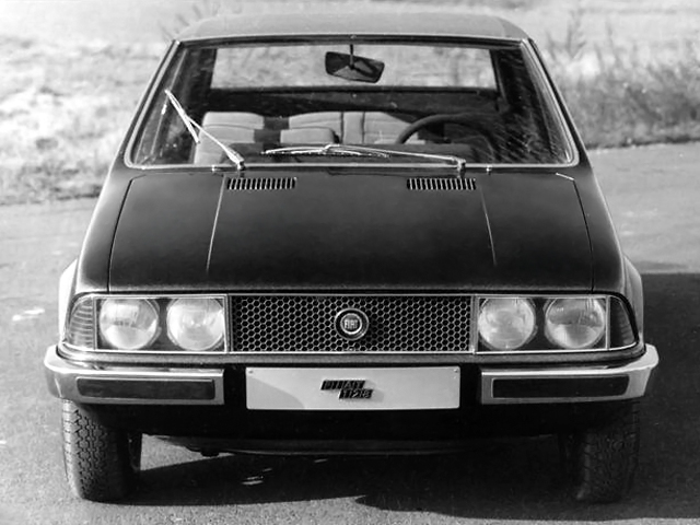 1969_Bertone_Fiat_128_Coupe_04