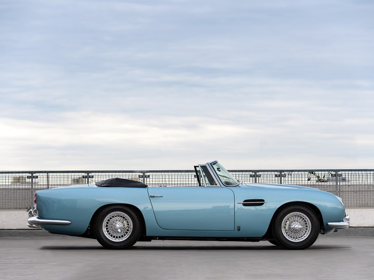 Aston-Martin-DB5-Convertible-2