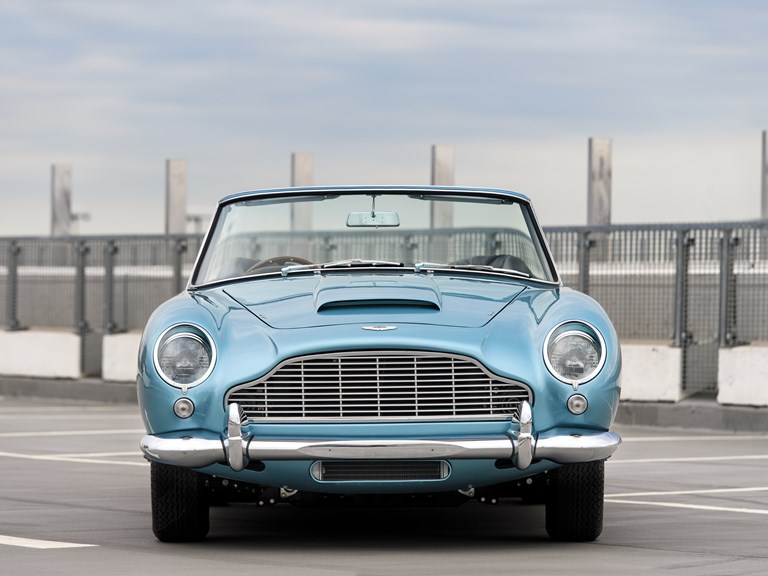 Aston-Martin-DB5-Convertible-4