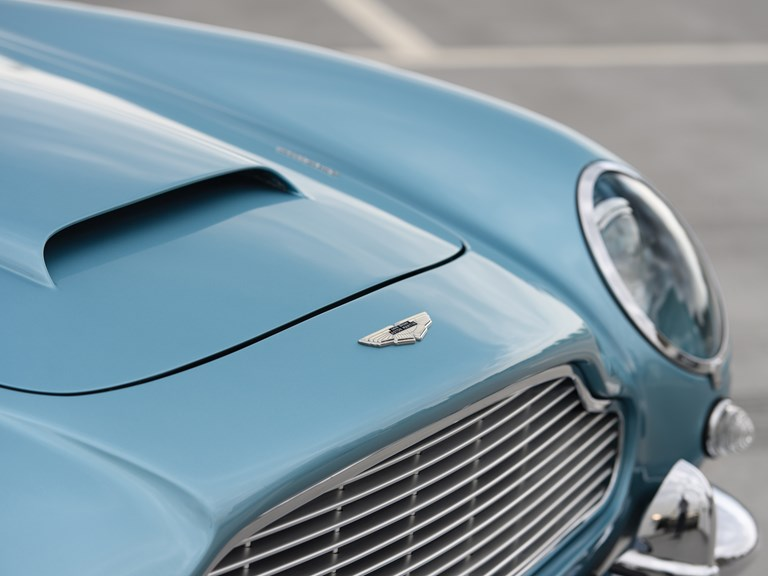 Aston-Martin-DB5-Convertible-6