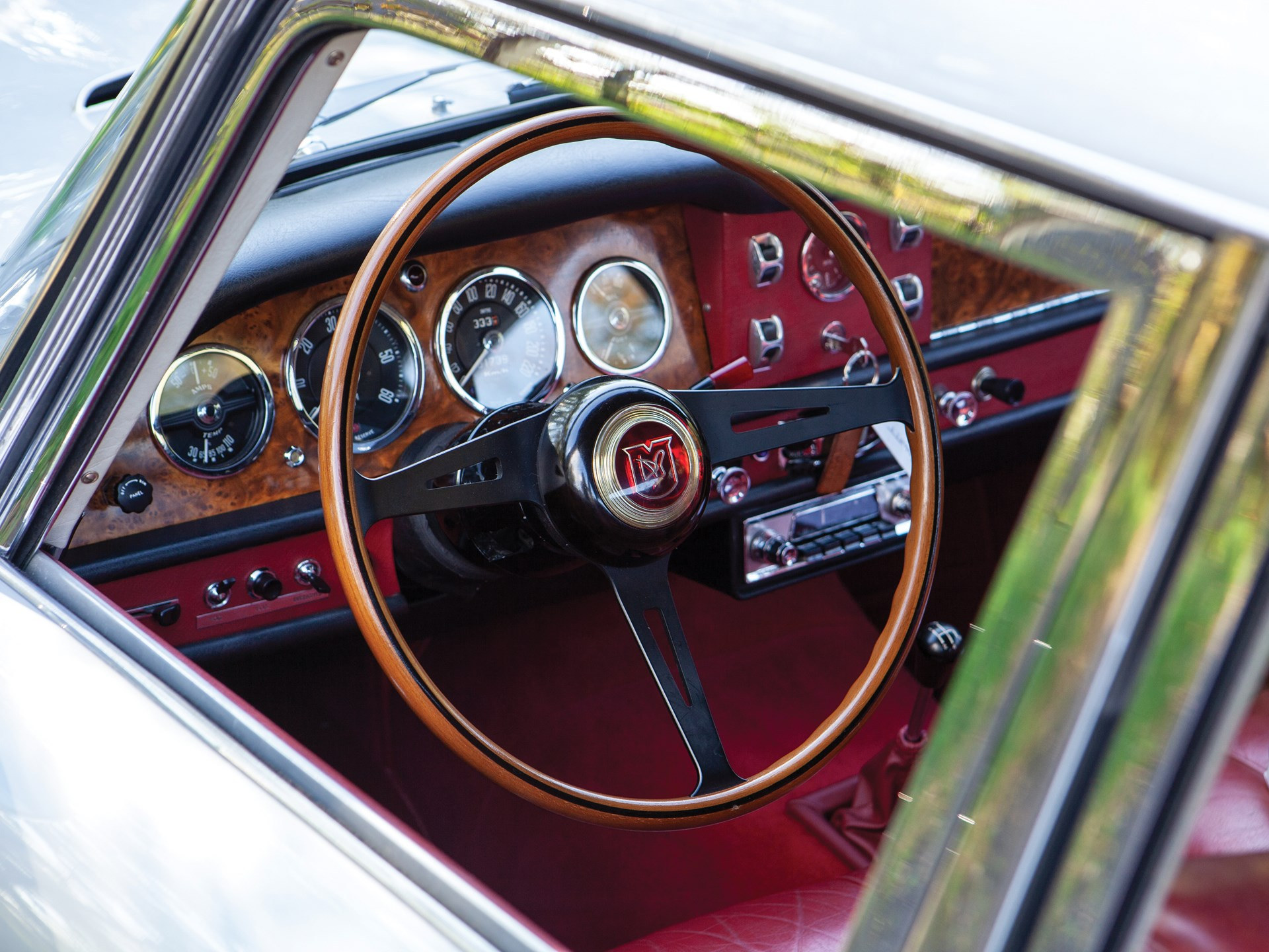Aston-Martin-Lagonda-Rapide-1962-18