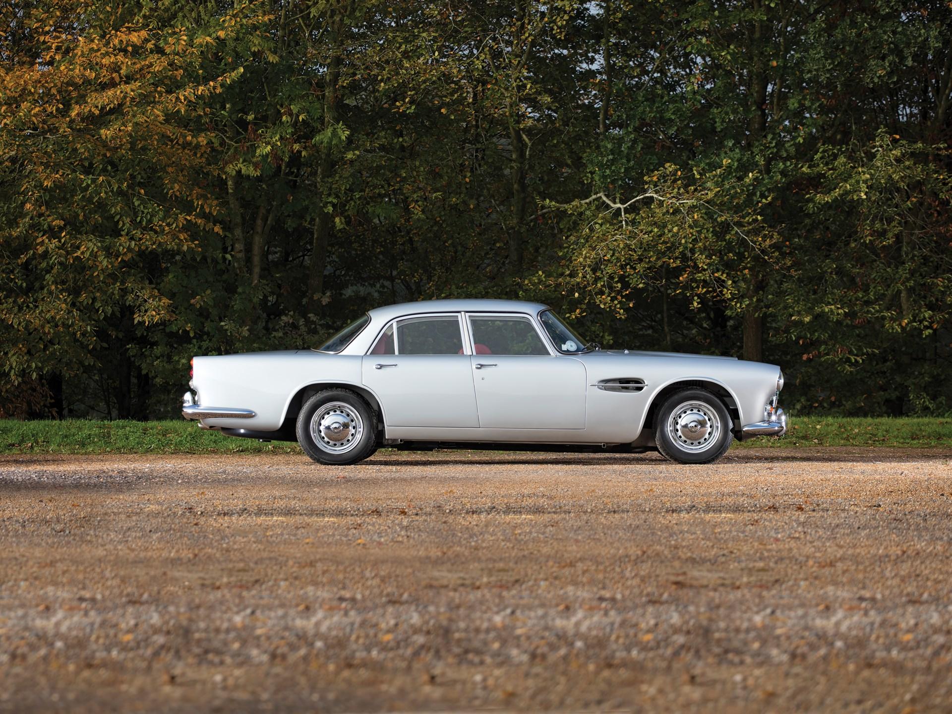 Aston-Martin-Lagonda-Rapide-1962-2