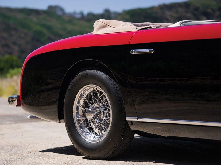 Ford-Siata-1952-9-1-720x540