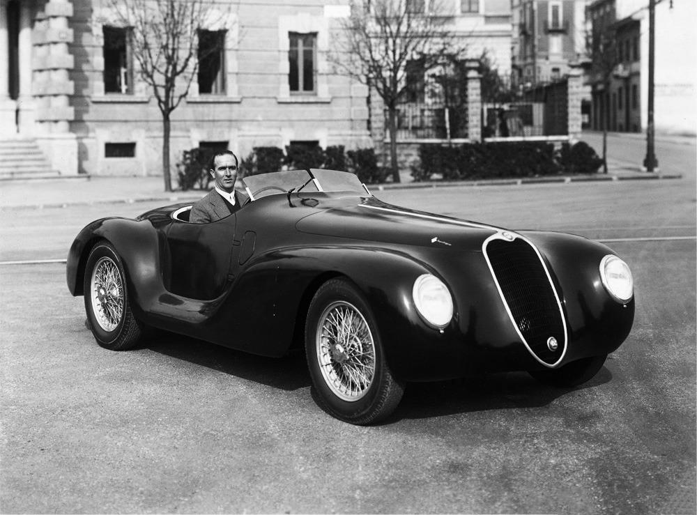 1939-Touring-Alfa-Romeo-2500-SS-Spider-Corsa