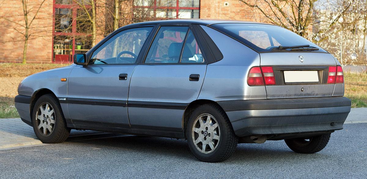 1200px-Lancia_Delta_II_rear_20120322