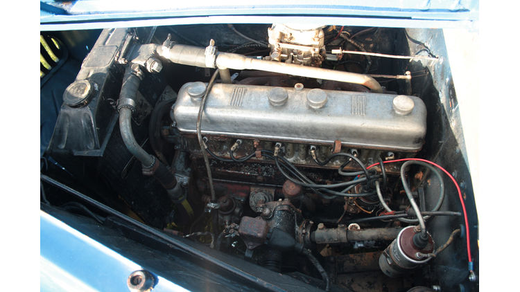 Fiat-1500-Ghia-Motor-bigMobileWideGallery2x-476c6b96-787260