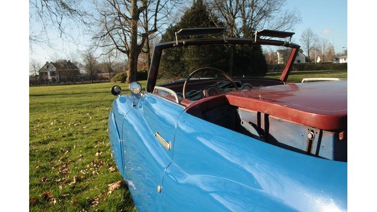 Fiat-1500-Ghia-Seitenfuehrung-bigMobileWideGallery2x-90b39a5b-787262
