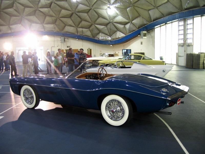 Ghia_Exner_Bugatti_T101_1965_05