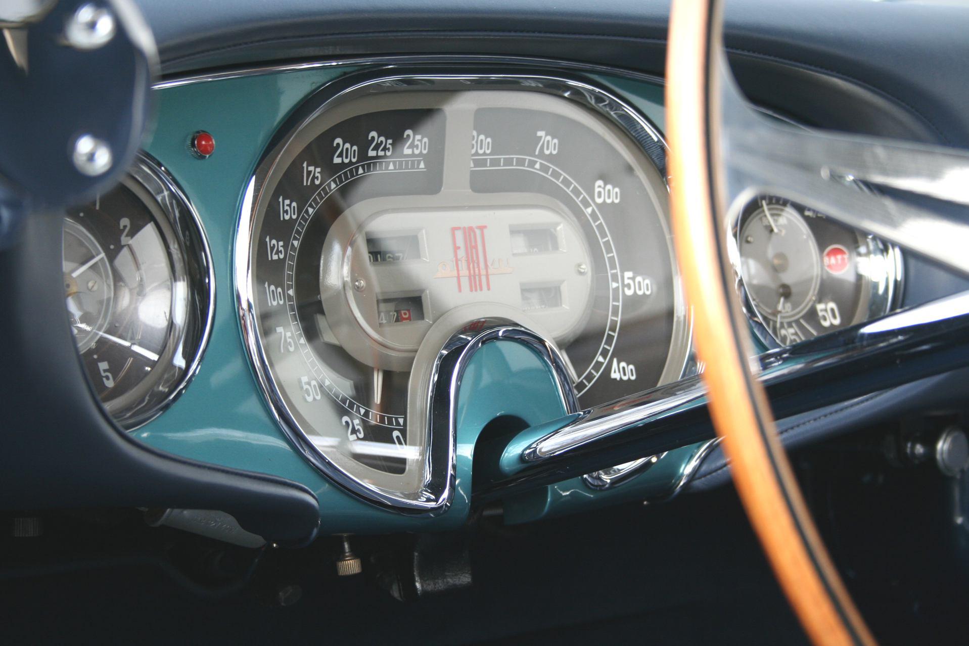 1953-Vignale-Fiat-8V-Interior-01