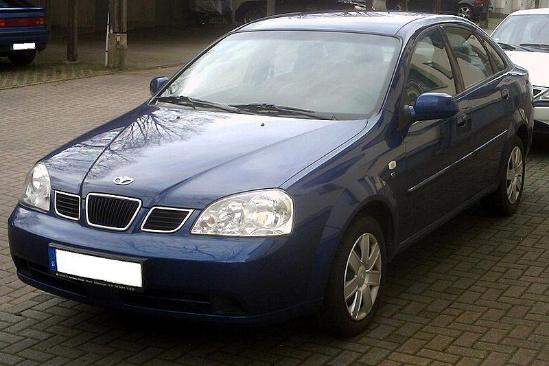 800px-Daewoo_Nubira_Sedan_front