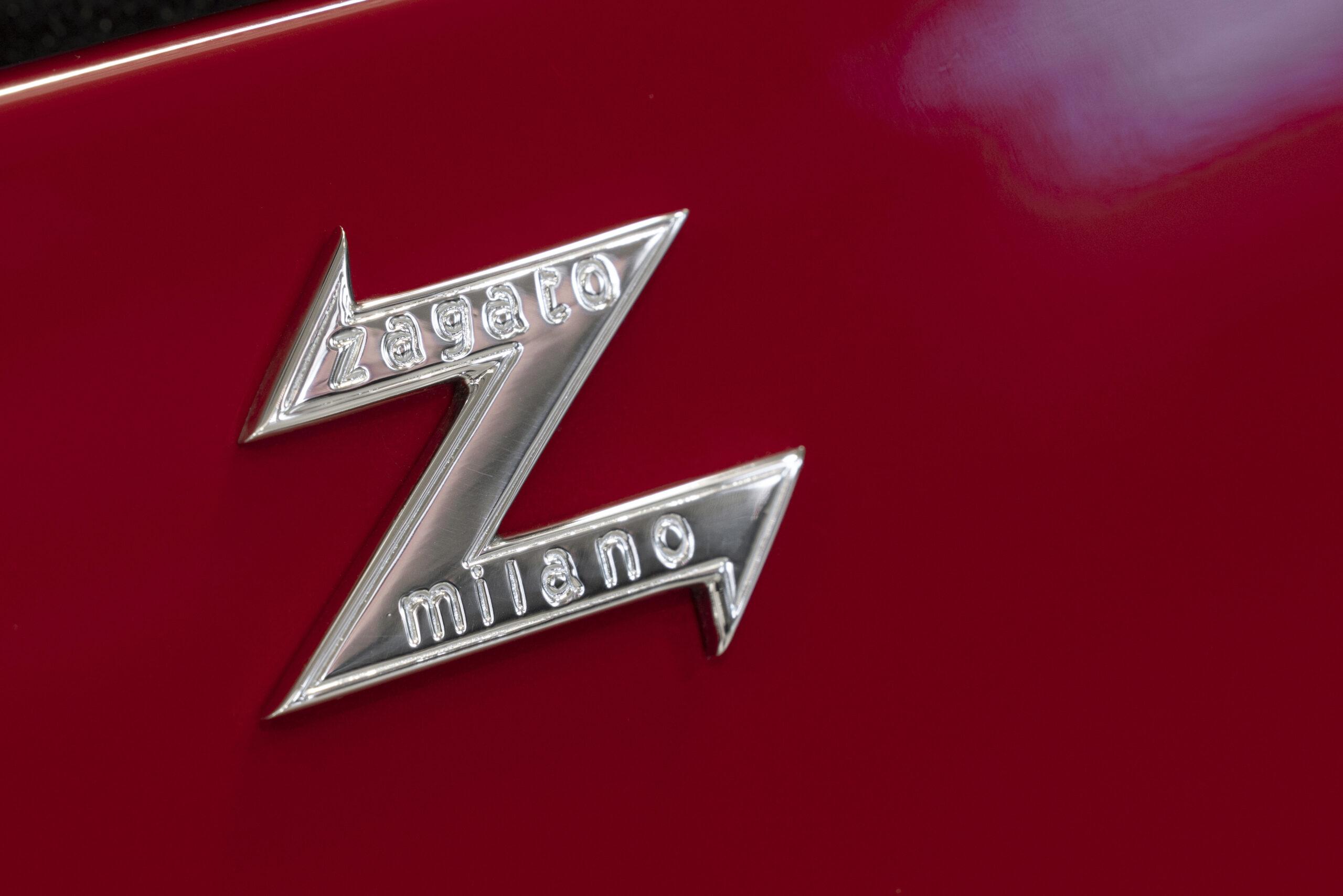 Aston Martin DB4 GT Zagato Continuation (10)
