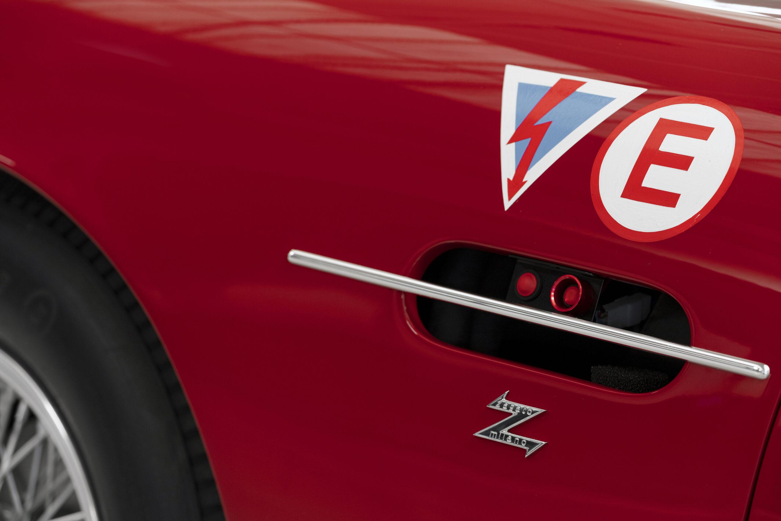 Aston Martin DB4 GT Zagato Continuation (18)