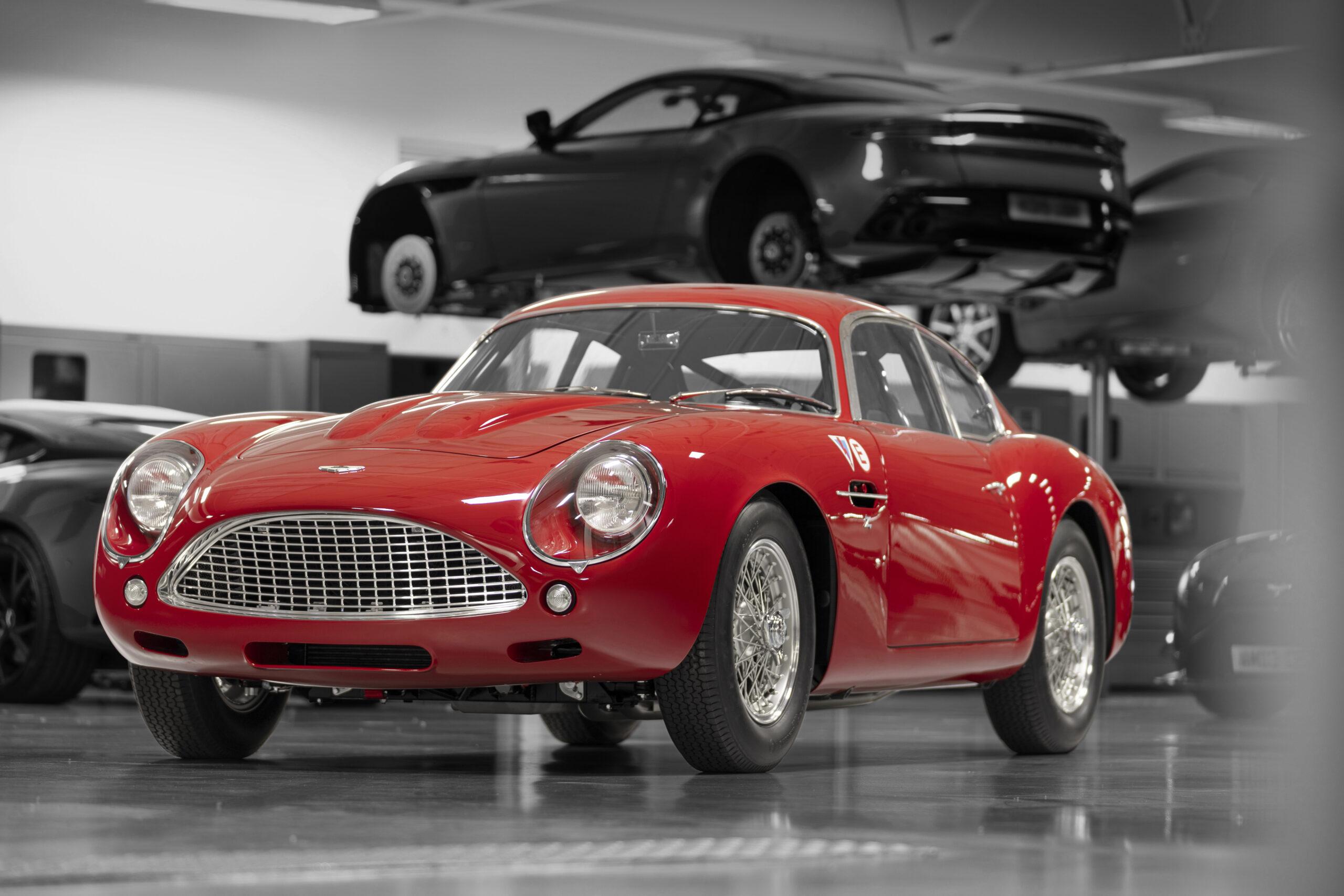 Aston Martin DB4 GT Zagato Continuation (2)