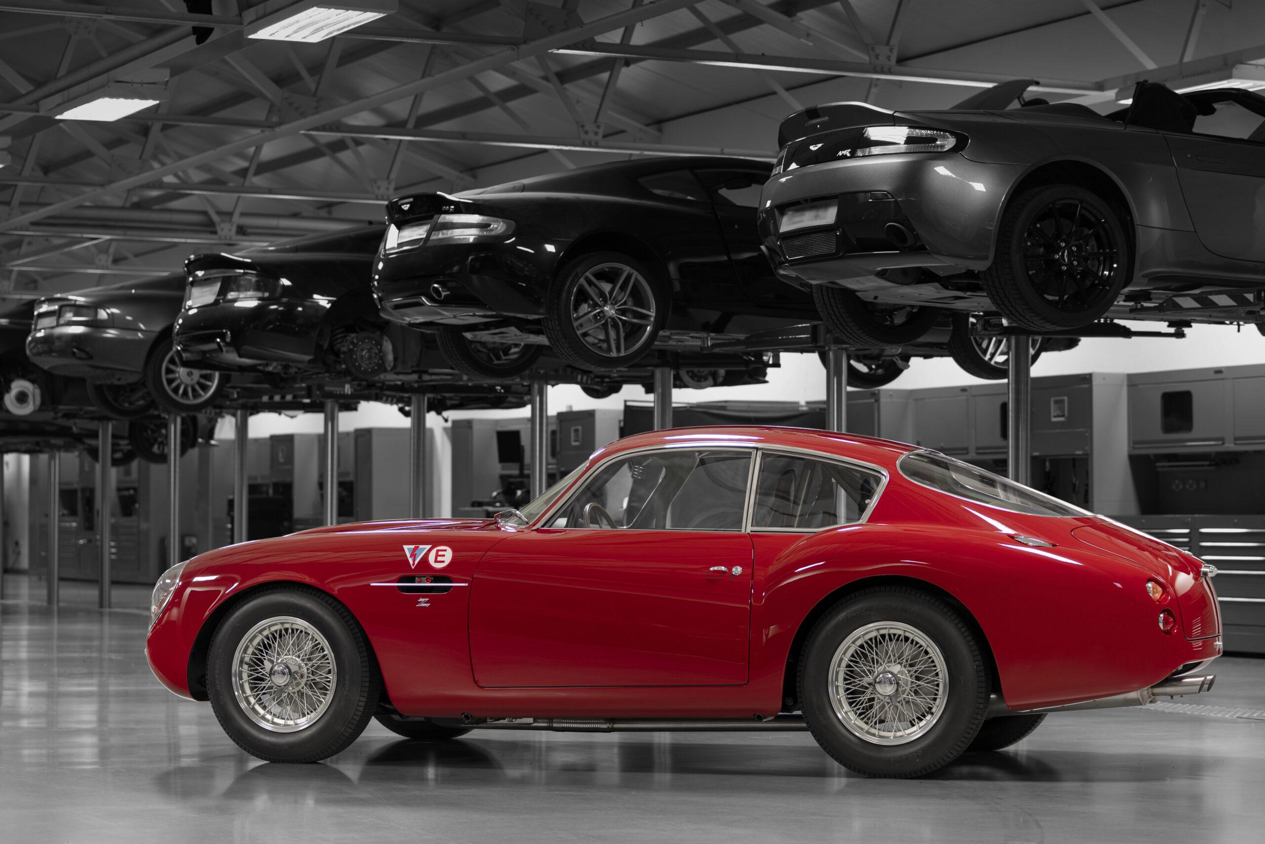 Aston Martin DB4 GT Zagato Continuation (3)