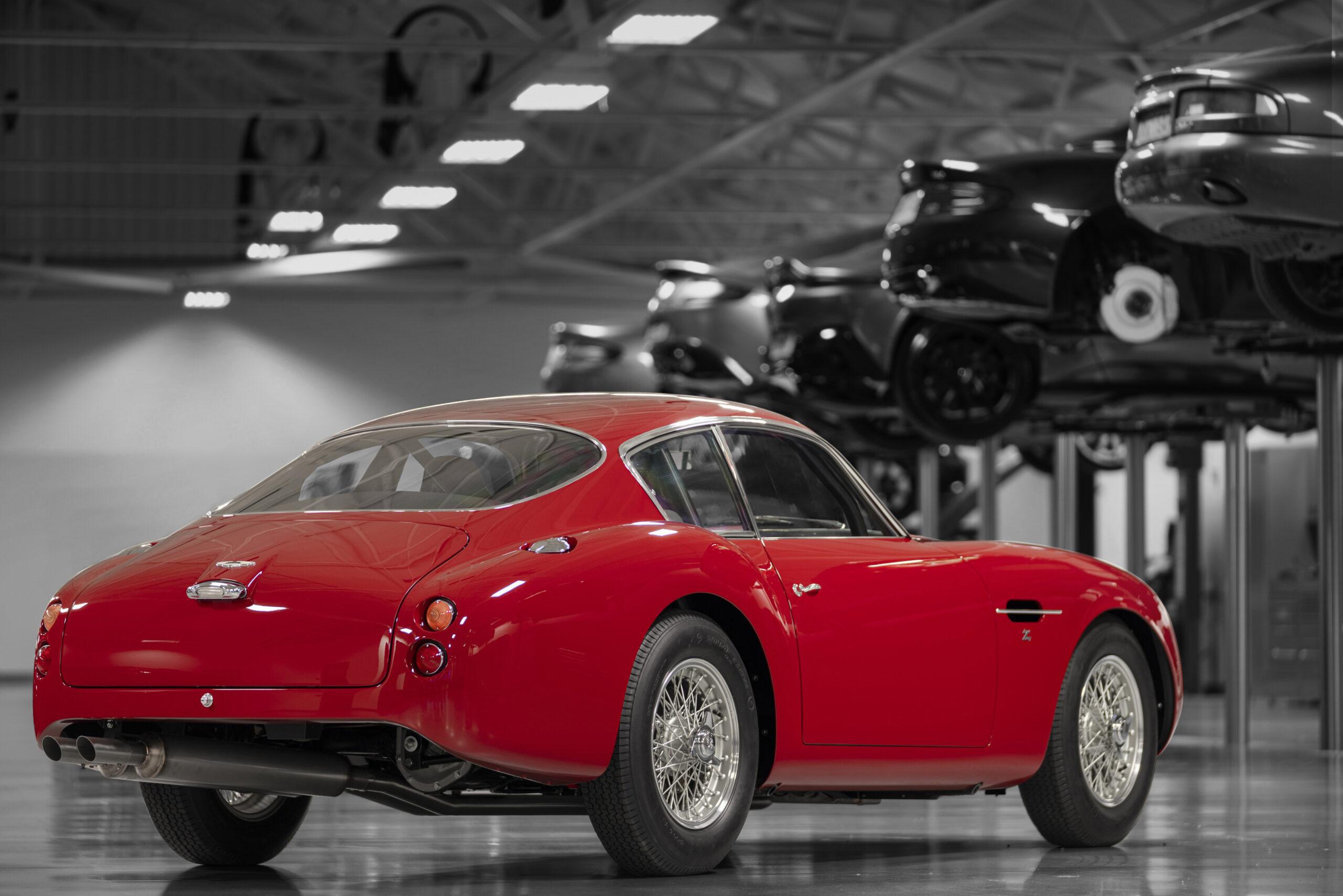 Aston Martin DB4 GT Zagato Continuation (5)