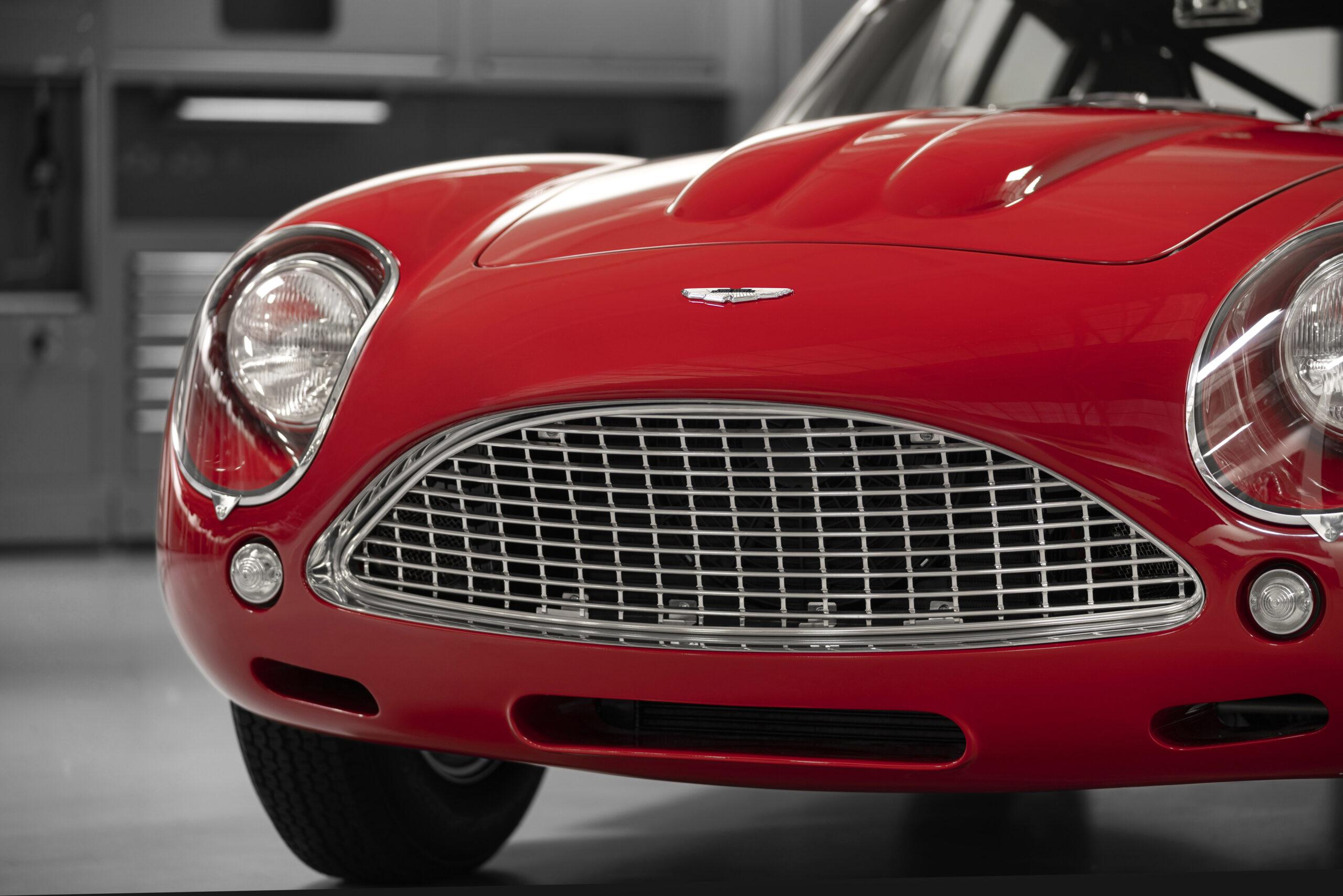 Aston Martin DB4 GT Zagato Continuation (6)