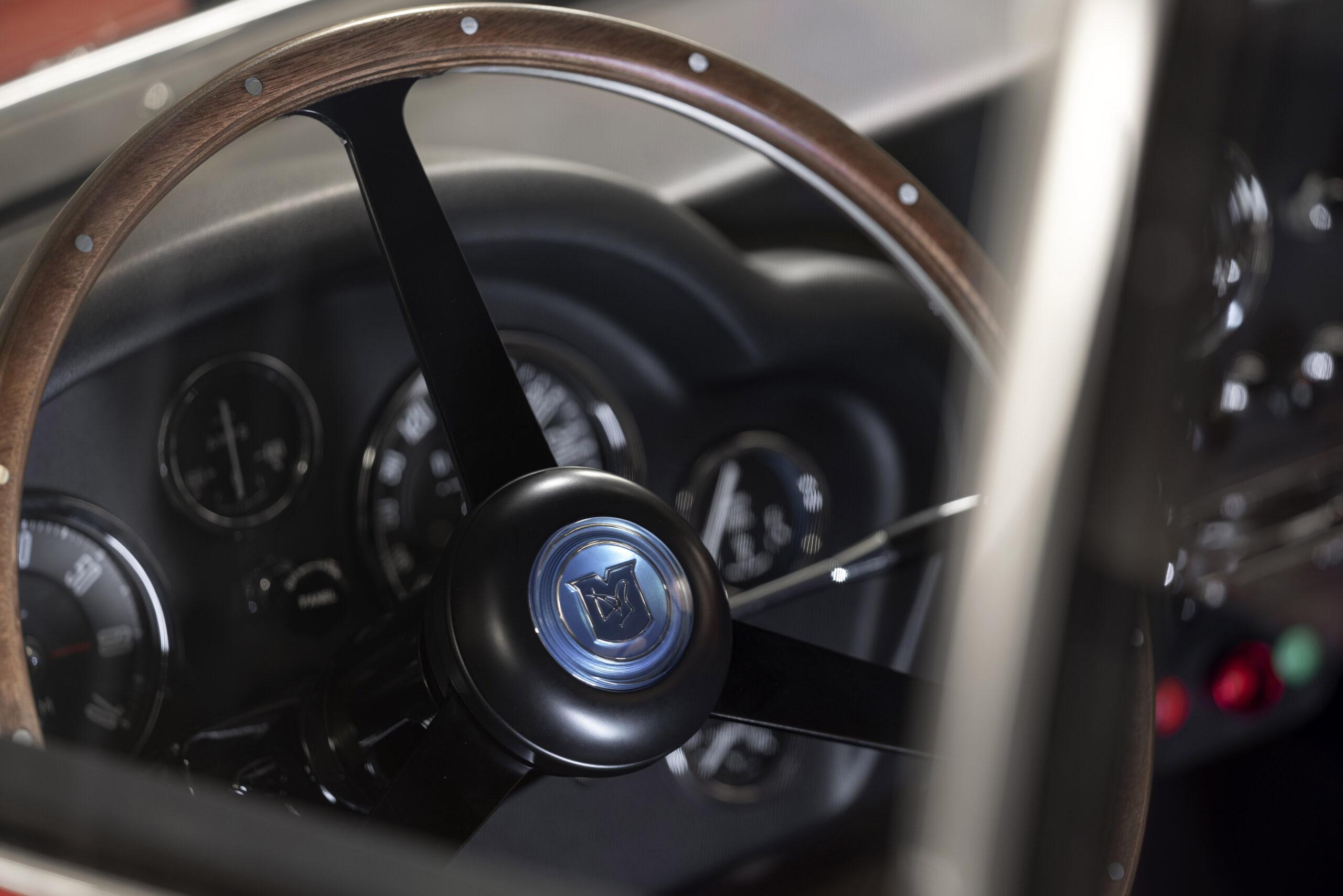 Aston Martin DB4 GT Zagato Continuation (7)