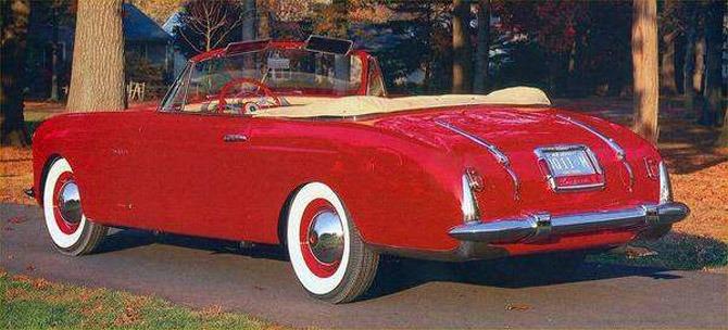 Vignale_Packard_120_Convertible_1948_02
