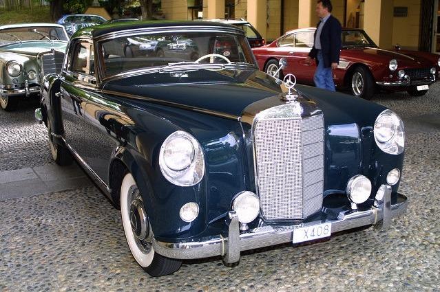 Mercedes-Benz-300Sc-Coupe-by-PininFarina-8