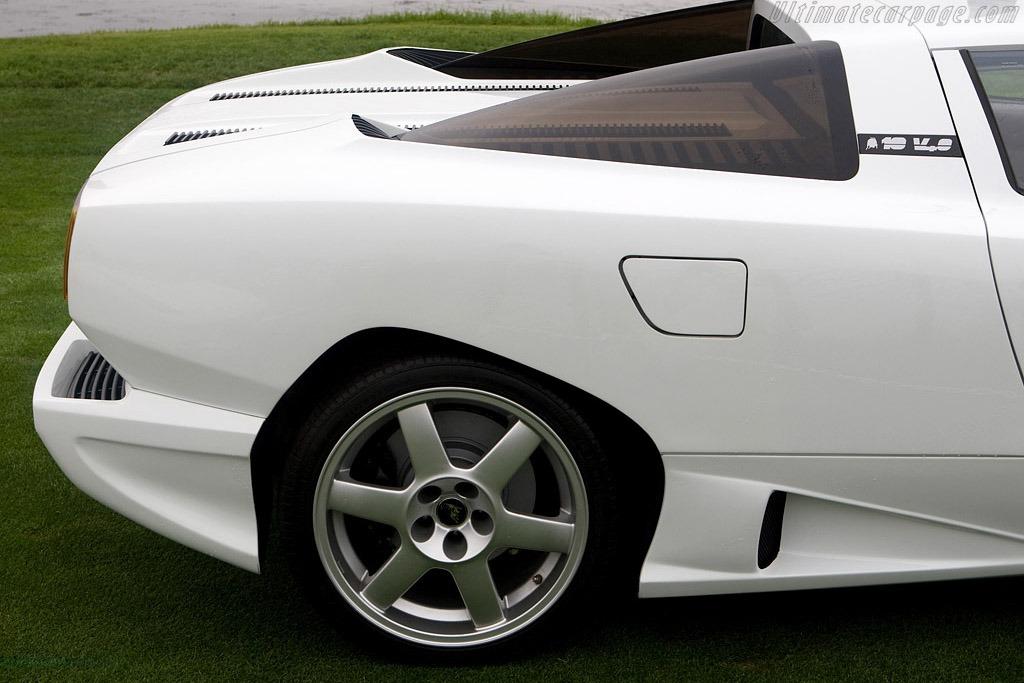 Lamborghini-P140-Concept-31214