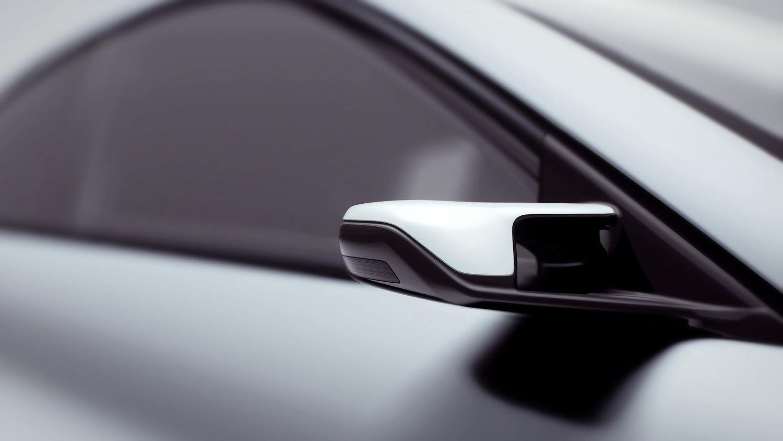 Lightyear+One+-+rearview+camera