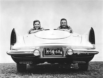 1955_Ghia_Chrysler_Flight_Sweep-I_07