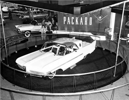 1956_Packard_Predictor_Concept_Car_01
