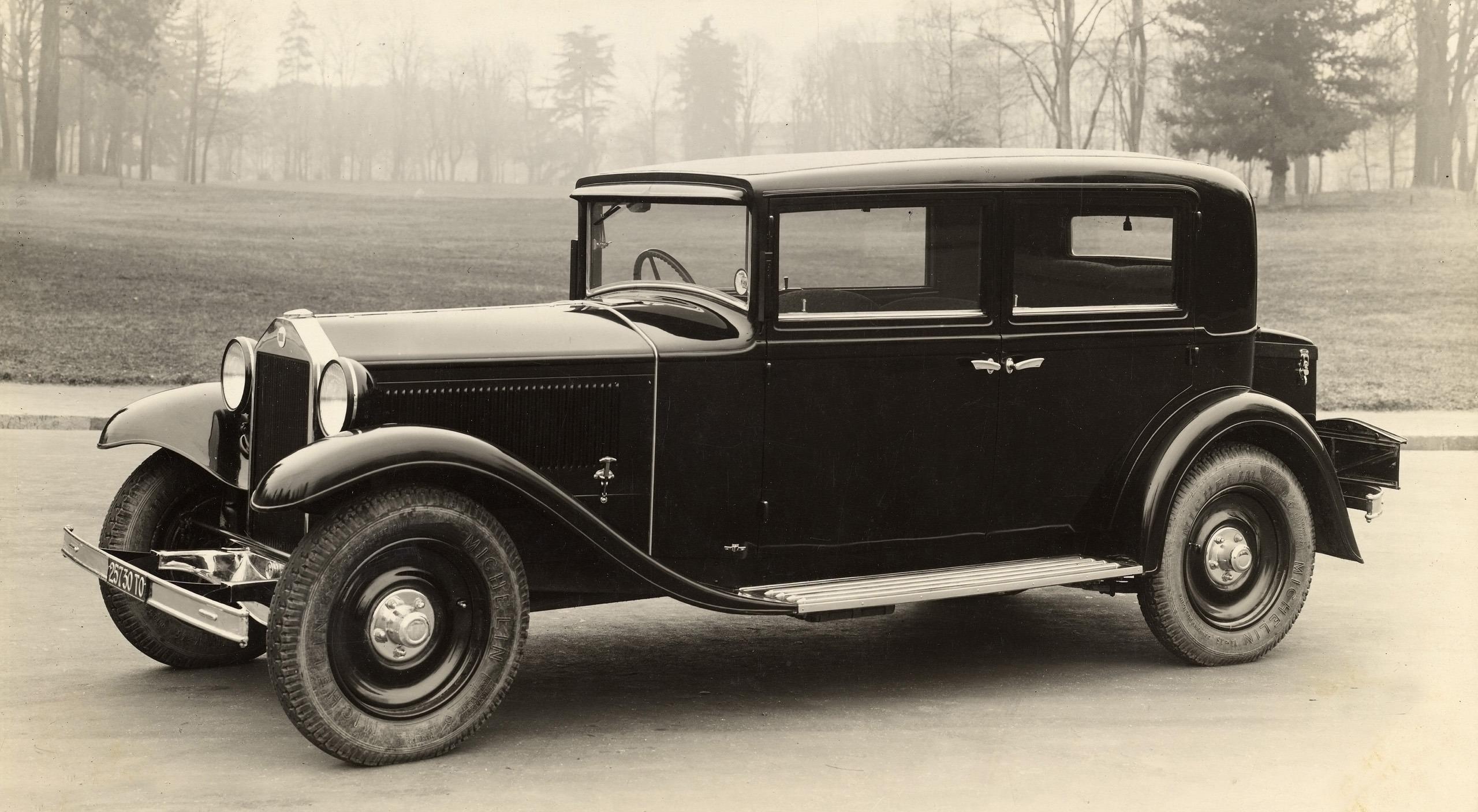 Bertone-100-Years-1930s-1932-Lancia-Artena-2560x1600