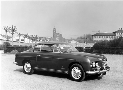 1955-Ghia-Alfa-Romeo-1900-Supergioiello-Coupe-01
