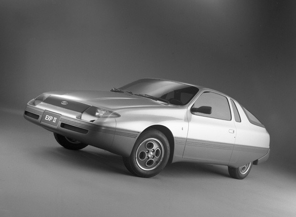 1981-Ford-EXP-II-Concept-04