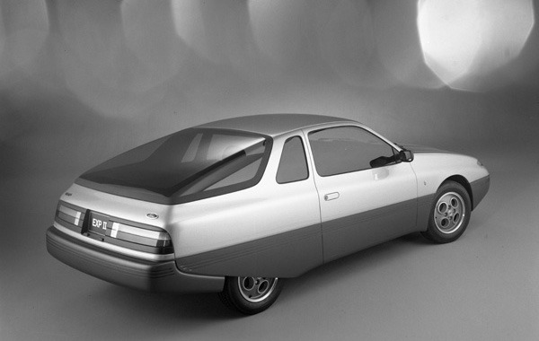 1981-Ford-EXP-II-Concept-07