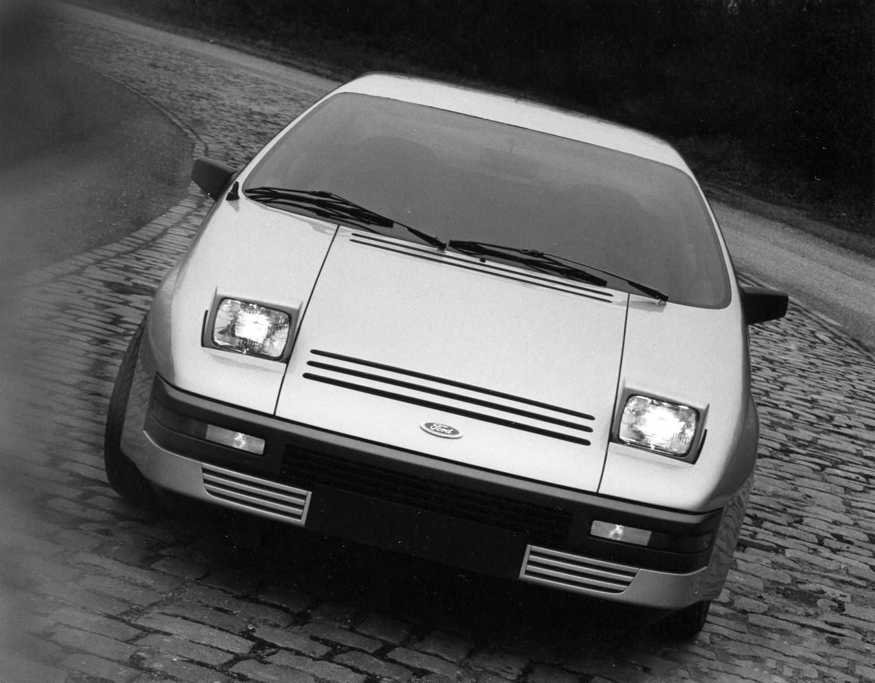 1982_Ghia_Ford_Quicksilver_02_1