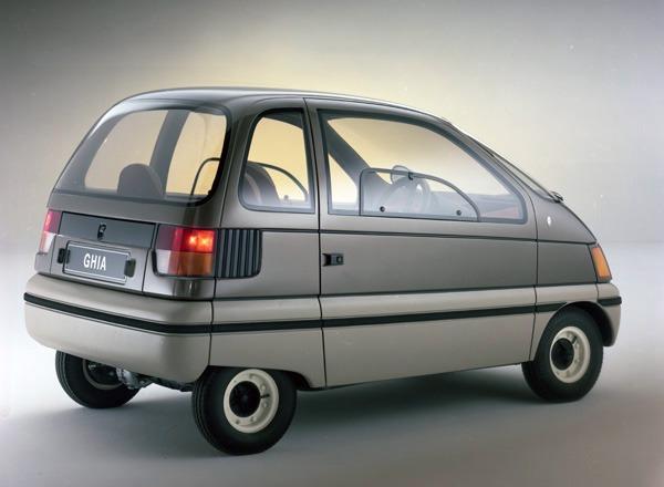 1983-Ghia-Ford-Trio-Concept-02