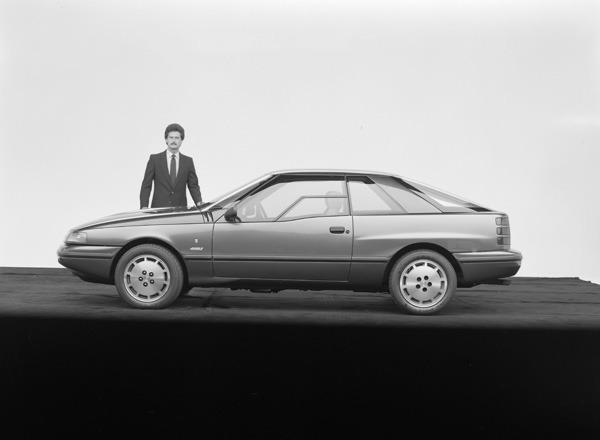 1984-Ford-Ghia-Vignale-Mustang-02