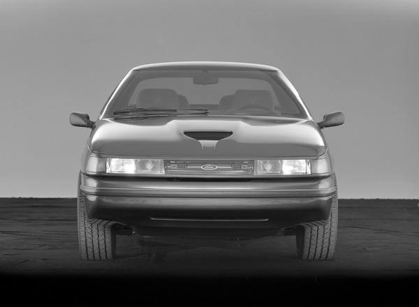 1984-Ford-Ghia-Vignale-Mustang-03