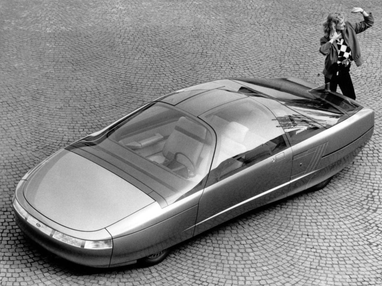 1985_Ghia_Ford_Probe-V_01